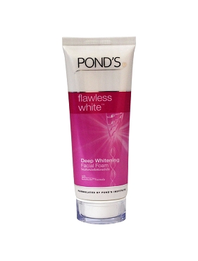 Ponds Flawless White Facial Foam
